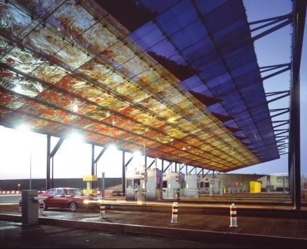 Gares de peage et aires de repos autoroute a16 amiens for Architecte abbeville
