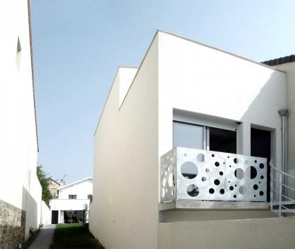 maison tube suresnes ajile virginie jacquier et david lovera architectes realisation. Black Bedroom Furniture Sets. Home Design Ideas